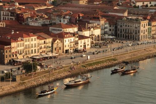 Porto Portugal Duoro wine riverside