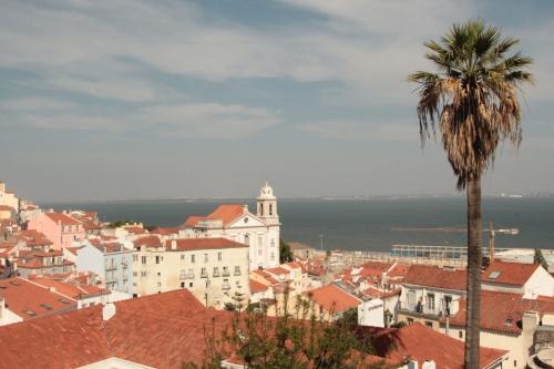 Lisbon Portugal Tag ocean river Alfama